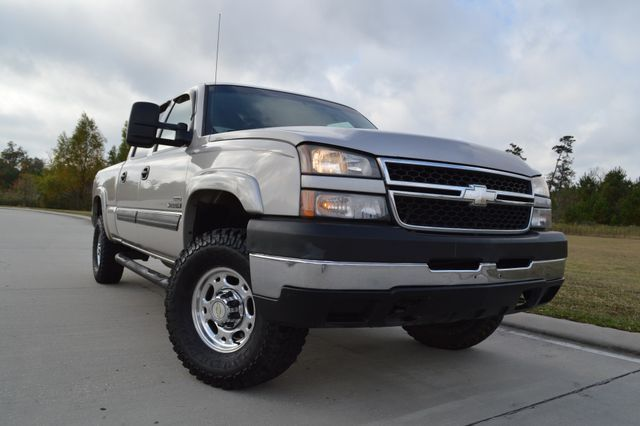 clean 2007 Chevrolet Silverado 2500 LT1 pickup