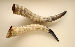 Nguni cattle horn engraved with scenes of the Anglo-Zulu War (1879)   c.1881