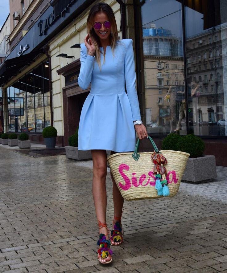 "2,319 Likes, 39 Comments - Brand YuliaWave (@yuliawave) on Instagram: ""Наши остроплечие платья ""baby doll"" снова доступны к заказу.  Цвета доступные к заказу: красный,…"""