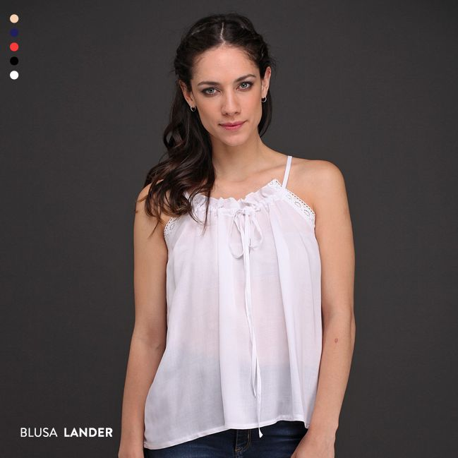 La Blusa Lander es amor a primera vista. Elegila para crear un look ultra femenino, trendy y cómodo.