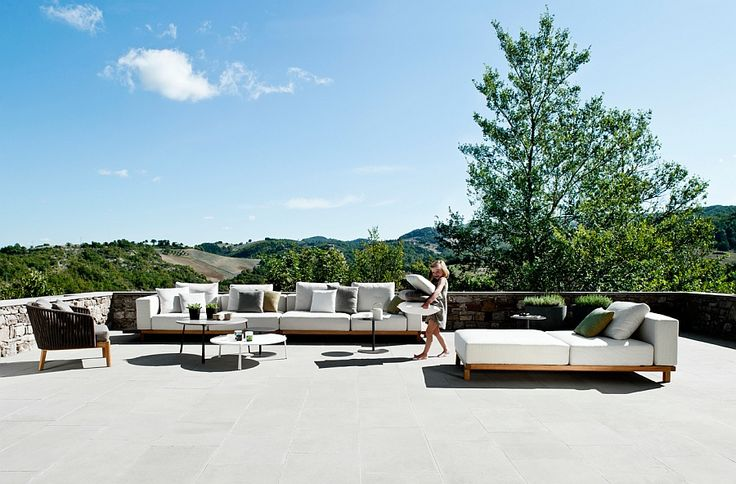 Create a modern outdoor lounge with the Vis à vis Collection from Tribu - Decoist