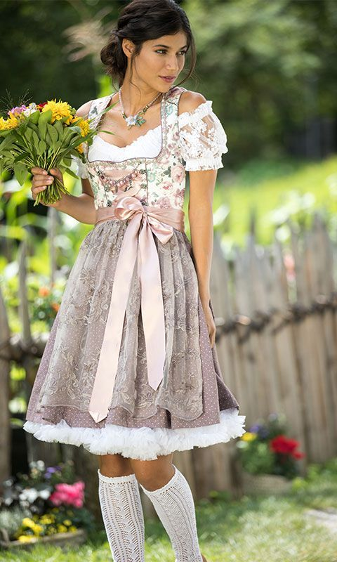 Oktoberferfest ladies' dress // dirndl // pastel-colored dirndl with floral print