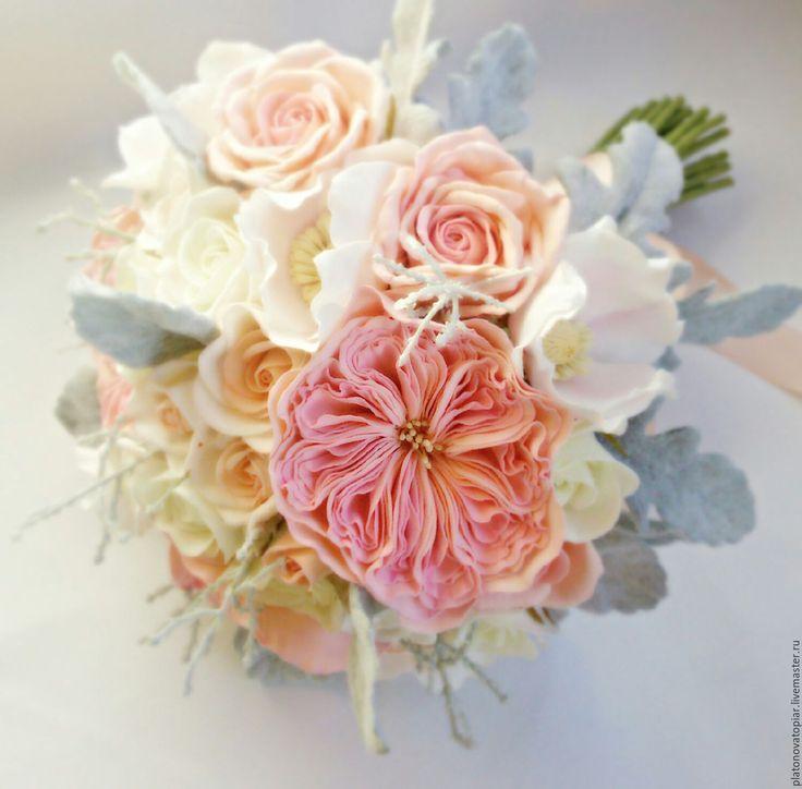 Купить или заказать Букет невесты из фоамирана 'В объятьях нежности' в интернет-магазине на Ярмарке Мастеров. Легкий, воздушный, невесомый букет невесты в пастельных тонах будет еще многие годы напоминать о чудесном незабываемом событии в вашей жизни.Букет состоит из кустовых розочек, роз Дэвида Остина, анемон и листье цинеррарии. Все цветочки выполнены вручную из фоамирана. Листочки флокированы (покрыты ворсинками), что придает им еще большую натуральность.