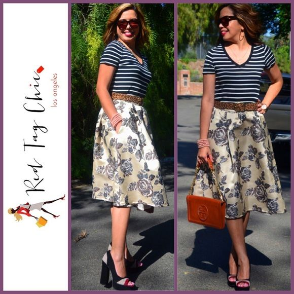 black white midi skirt look awesome in this