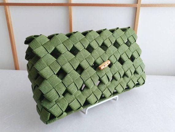 Etsy ショップ のこの商品をチェック:https://www.etsy.com/jp/listing/451353744/green-clutch-bag-clutch-bag-green-bamboo