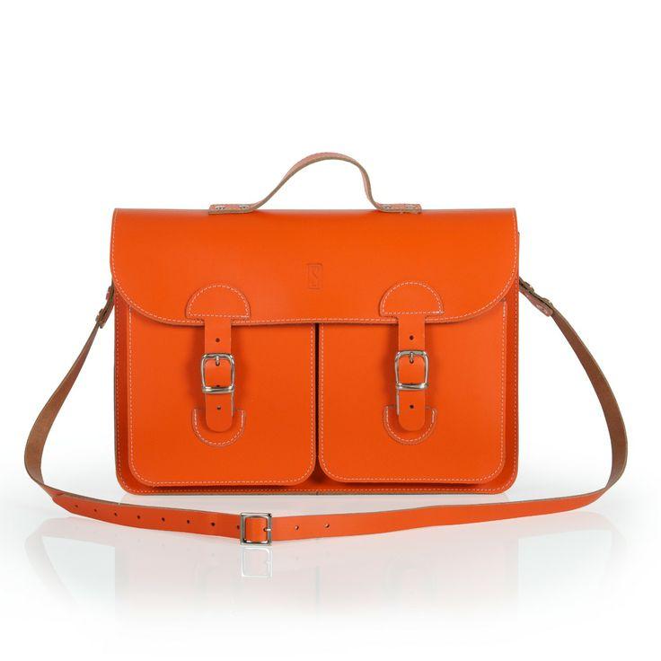 Oldschool Bags- Medium Koninklijk oranje. Verkrijgbaar bij www.bornidentity.nl