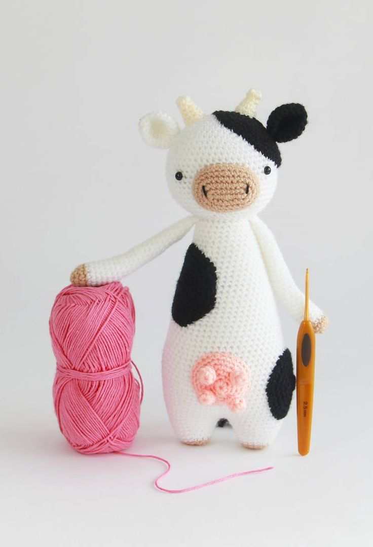 Are you ready to crochet?  Cow sure is!  Crochet pattern by Little Bear Crochets: www.littlebearcrochets.com ❤️ #littlebearcrochets #amigurumi