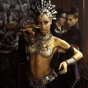 Queen Akasha, Queen of the Damned