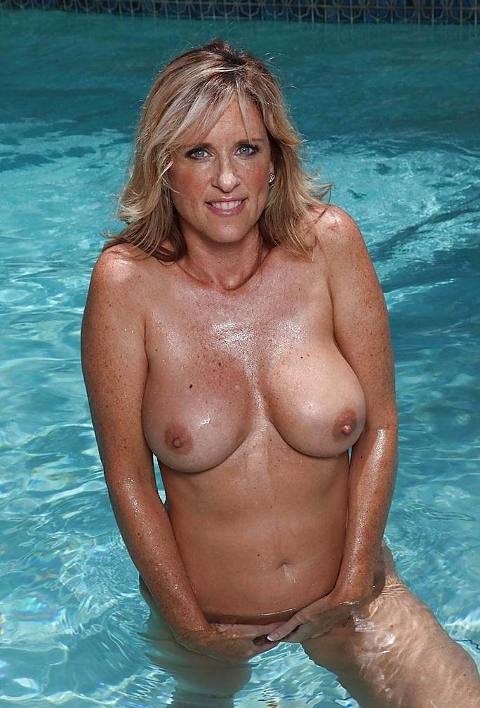arias slut naked pictures