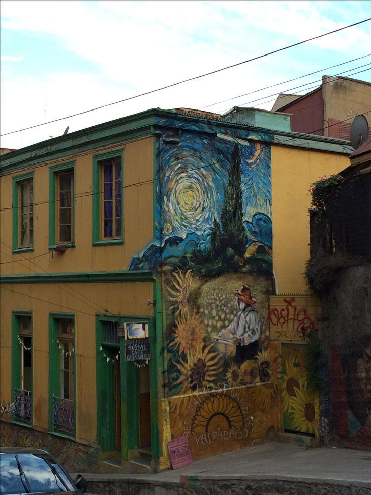 Street art in Valpo