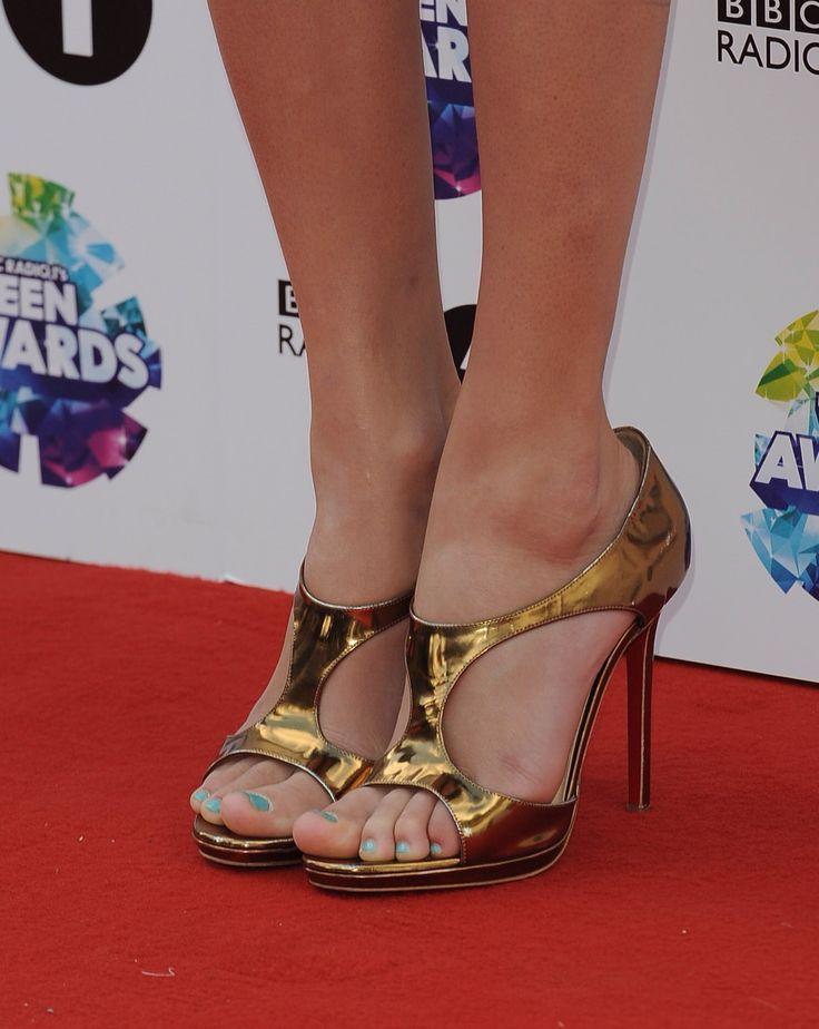 Ms Taylor Swift XoXo Female Foot Power Pinterest