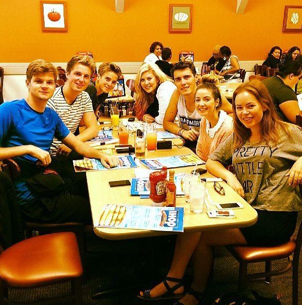The British youtubers having breakfast before vidcon :)