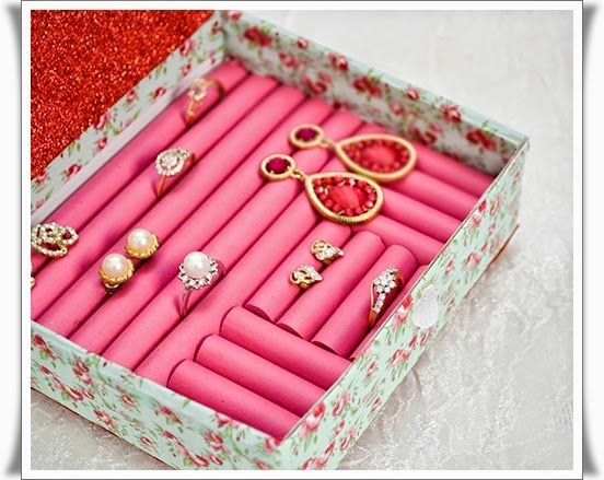 495 best diy gifts for girlfriends images on pinterest christmas 10 awesome and creative diy gifts for her diy craft crafts gifts diy crafts do it yourself diy gifts gift ideas diy gifts for her gifts for girlfriend solutioingenieria Image collections