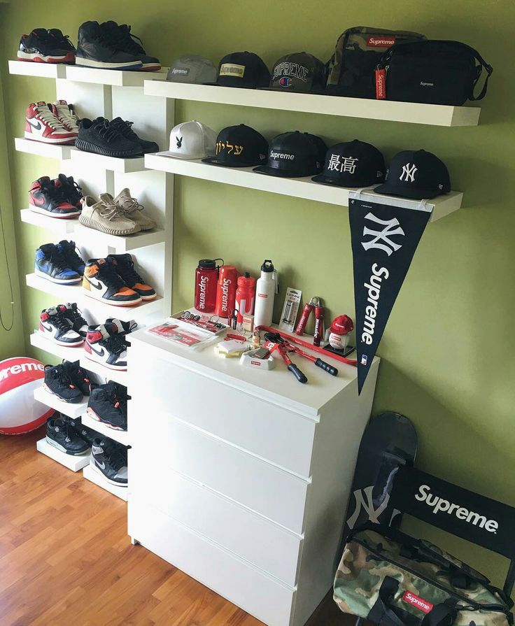 Sneaker organization,  baseball cap organization, boys room