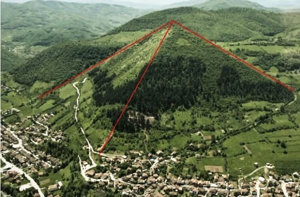 pyramids on different planets - photo #29