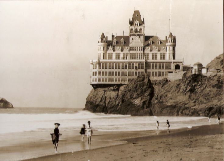 Adolph Sutro's Victorian Cliff House... if i could jump back in time, i would most definitely want to live here.