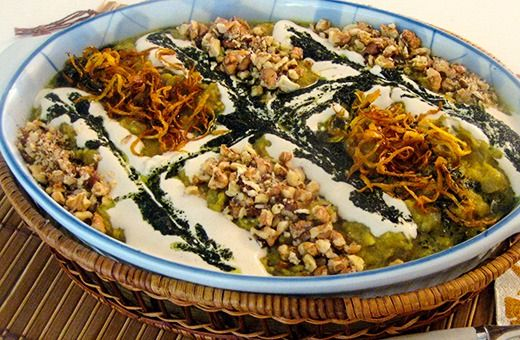 The easy recipe for Kashke Bademjan, a veggie Iranian spread, will help you to prepare a tasty appetizer or a light supper with simple ingredients.