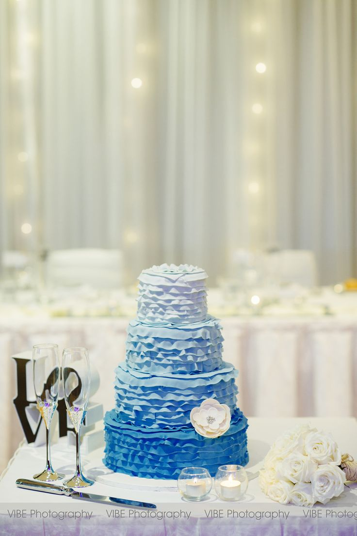69 best Cake A Break, Wedding Cakes images on Pinterest | Cake ...