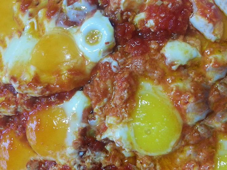 uova col sugo #ricettedisardegna #sardegna #sardinia #food #recipe #cucinasarda