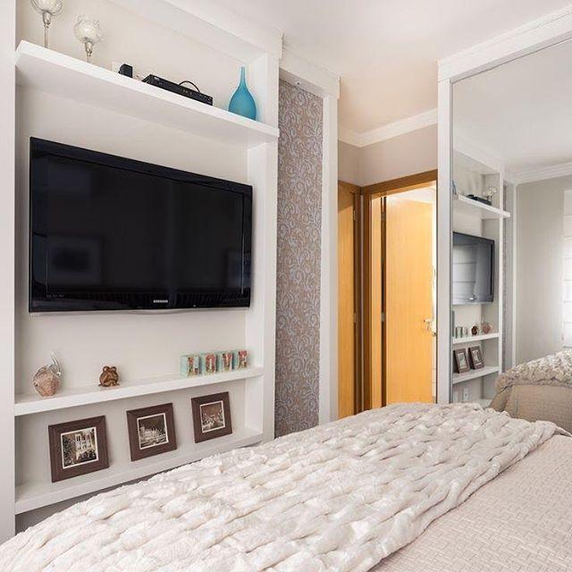 Simples, aconchegante e clean ✨Quem gostou??? ☝️❤️ Via: @decorcool ARCHITECTURE | INTERIORS | BEDROOM