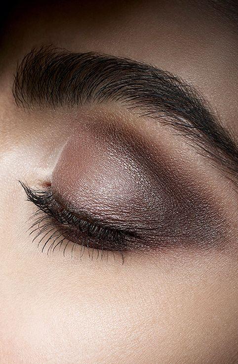 Alluring Eye Shadow