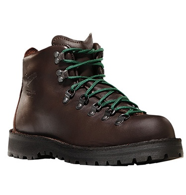 Owned a pair of these in college, and if anyone had asked me to go hiking, I would have garroted that person with one of the shoe strings! Strictly for cute, honey.