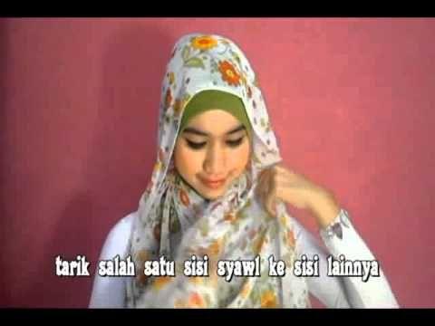 Cara Memakai Jilbab Modern  Dalam agama islam diajarkan bahwa setiap muslimah berkewajiban untuk menjaga aurat yang mereka miliki saat sedan...