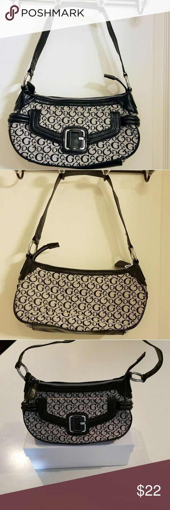 9a604a98fdd6d Guess Handbags In Pakistan