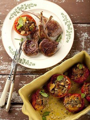 Фаршированные помидоры с корейкой ягненка