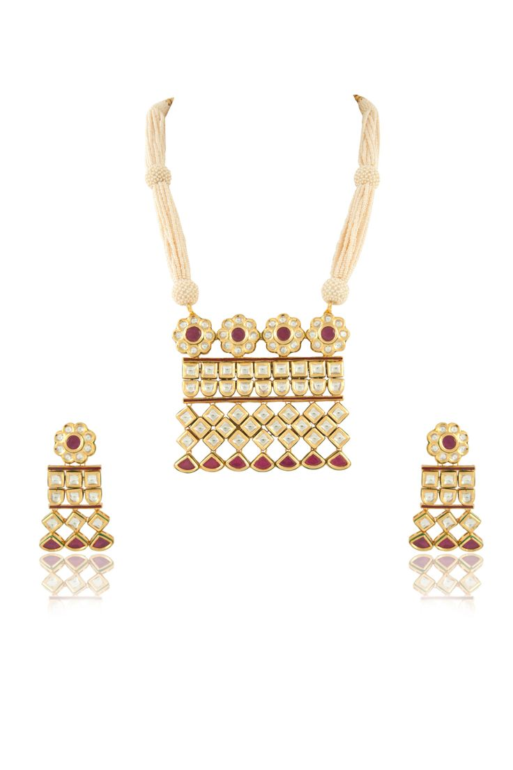 Vilandi pendant set with ruby stone and pearl mala in gold plating. Item number J15-215