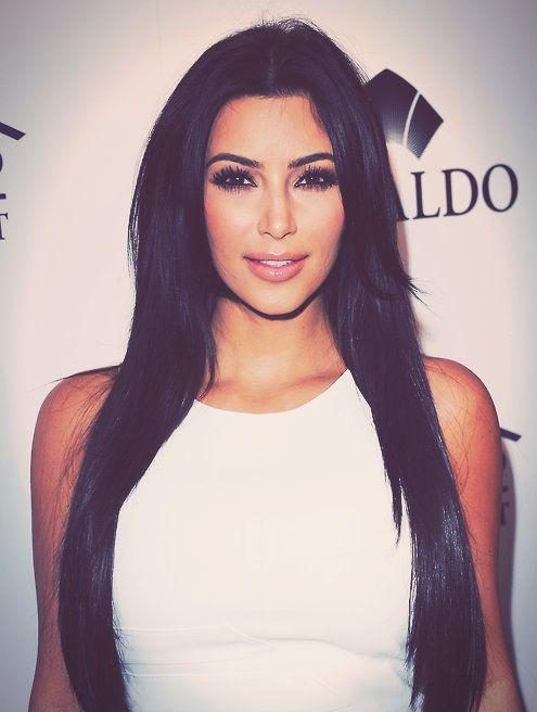 .Kim Kardasion kills it eith hers long black hair !