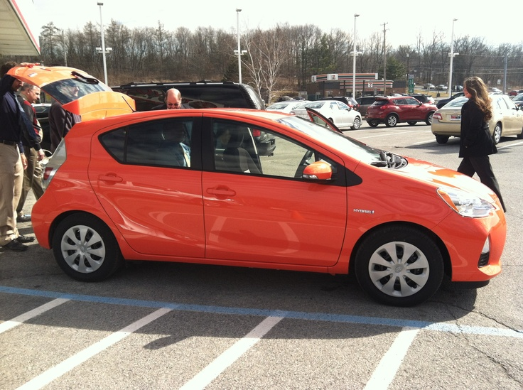 Today we got an early preview of the newest Prius, the Prius C. Interesting color, no? I guess you can't miss it on the road!