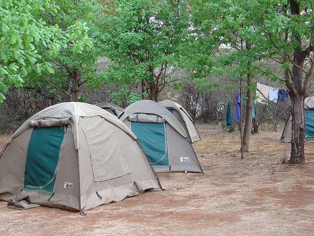itinerari in camper, roulotte e tenda, le mete ideali in Italia per vacanze low cost all'insegna dell'avventura.