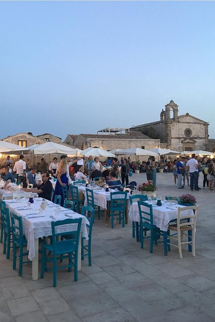 Read Now Laura S Sicily Guide On How To Enjoy Sicily Like An Italian Sicily Enjoyment Places To Go