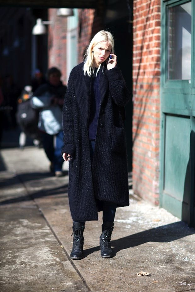 Model-Off-Duty+Style:+3+Ways+To+Wear+A+Maxi+Cardigan+via+@WhoWhatWearUK