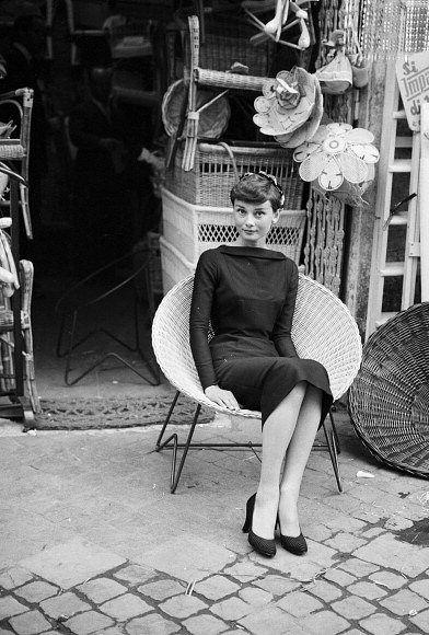 "blunostalgia:  "" Audrey Hepburn, Roma 1955 """