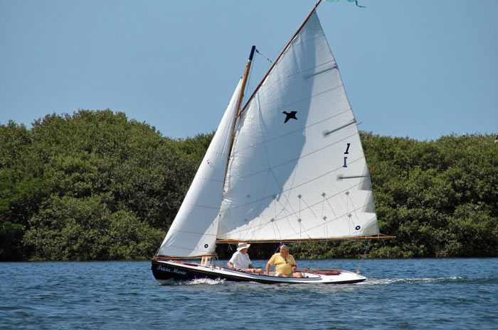 "20 foot Melonseed, gaff rig | Small Sailboats | Pinterest | 20"", Photos and Rigs"