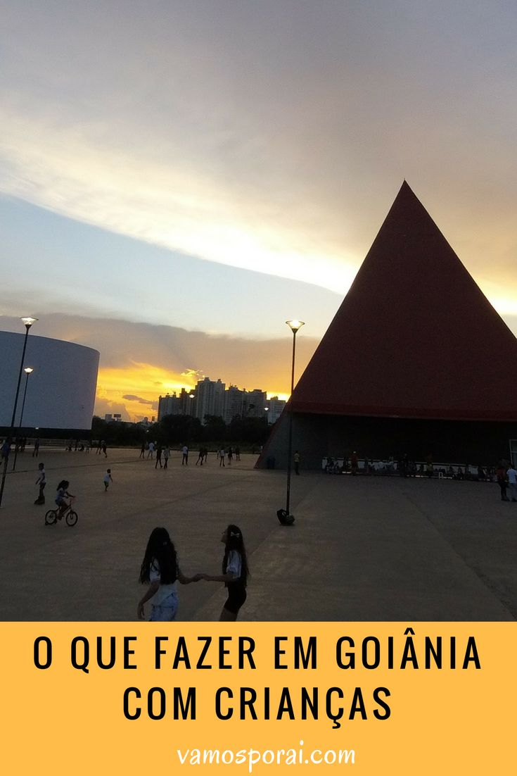 Procurando dicas do que fazer em Goiânia com crianças? Parque Flamboyant, Parque Areião, Zoológico, Memorial do Cerrado, Parque Mutirama e muito mais.