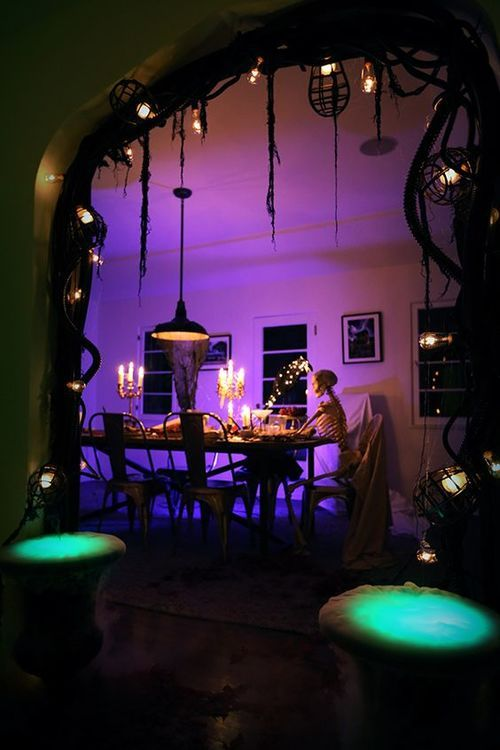 DIY Halloween Decorations: Spooky Halloween Garland