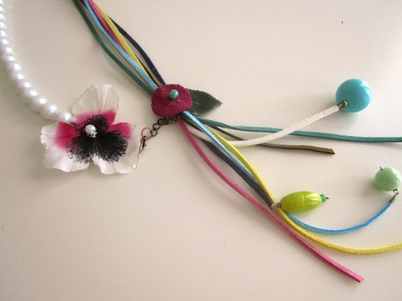 Colourful Chunky Necklace Flower Necklace Suede by catyflowerpower, $28.00