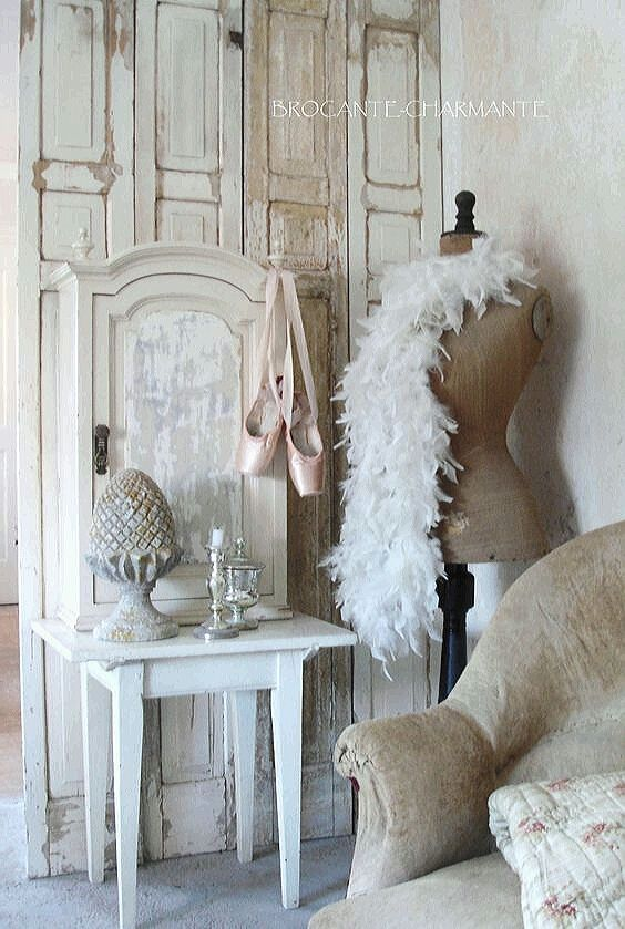 1000 images about white and vintage on pinterest. Black Bedroom Furniture Sets. Home Design Ideas
