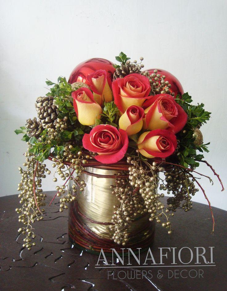 Arreglo Floral centro de mesa navideño con rosas - Annafiori