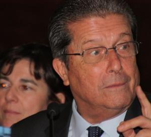 """Federico Mayor Zaragoza llama a """"la objeción de conciencia"""" frente a la LOMCE"""