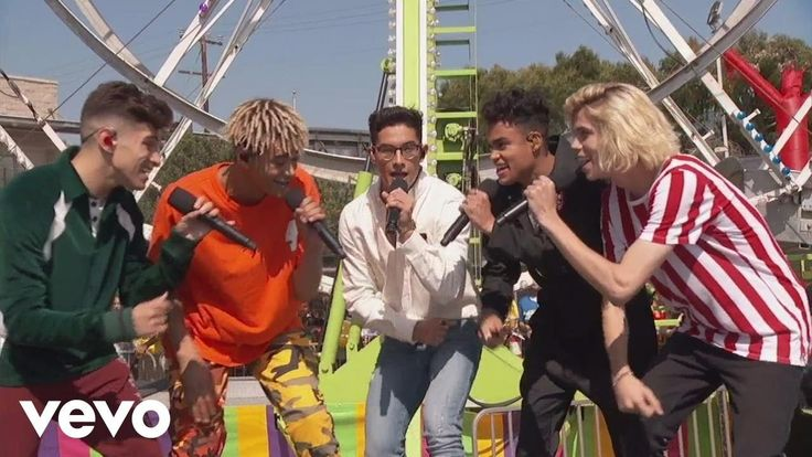 PRETTYMUCH - Would You Mind (Live at Teen Choice Awards) - YouTube Yes if you missed their performance on the Teen Choice Awards check them out NOW !