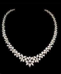 gorgeous diamond wedding necklace