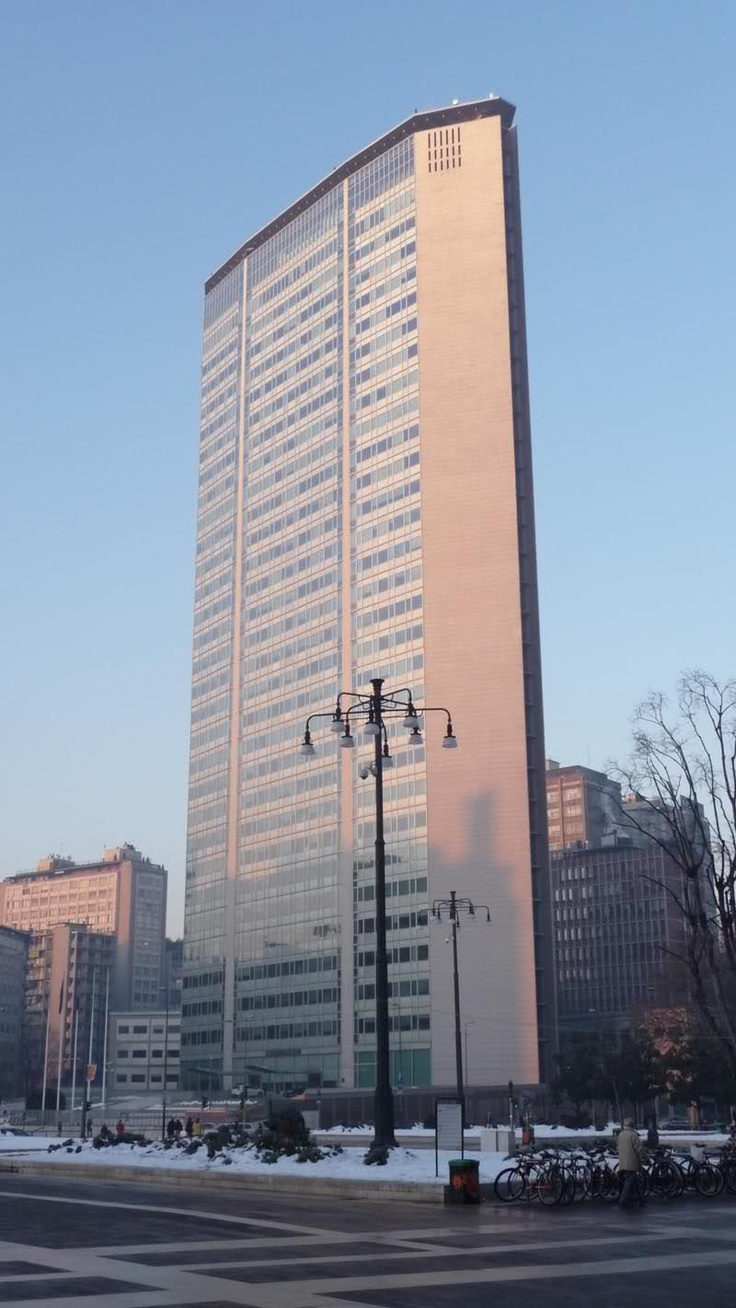 Pirelli Tower - more Milan. 1950s build.