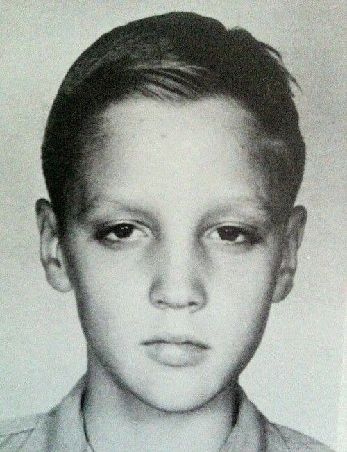 young Elvis