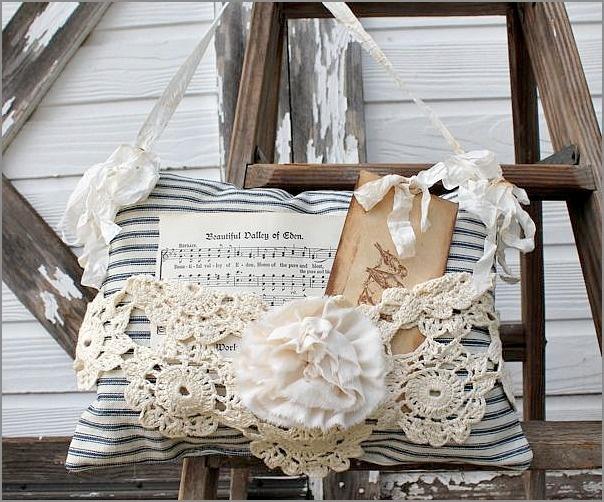 hanging ticking lavendar pillow - i'd like to make something like this