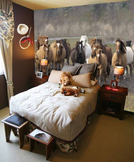 Horse Bedroom Ideas. The Kentucky Derby has us pulling our favorite customer photos with horse  themed bedrooms 85 best Room Decor images on Pinterest Horses Child room and Horse