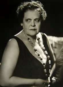 6/7/14  1:33p Marie Dressler, 1930's (1868–1934). Once you saw her, you would not forget her. Despite her age and weight, she became one of the top box office draws of the sound era. She was 14 when she joined a theater group and worked on stage and in light opera. By 1892, she was on Broadway and later became a star comedienne in vaudeville.   From 1910 to 1918 she had roles in comedy films, but her career never took off. (IMDb) Best Actress Oscar  for ''Min and Bill'' 1930-1931